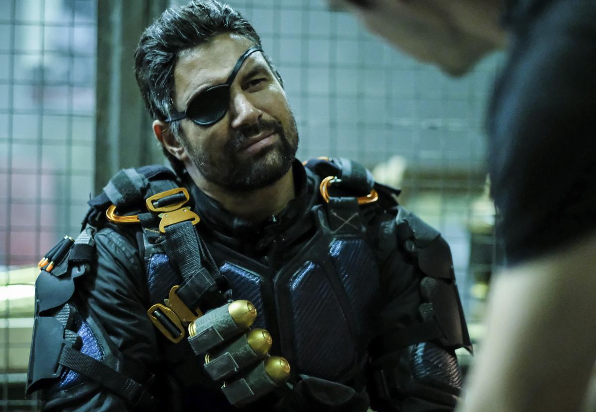 Arrow Star Manu Bennett On How He Feels About Deathstroke ...   1200 x 830 jpeg 304kB